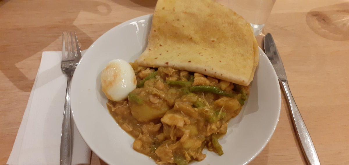 Roti with chicken