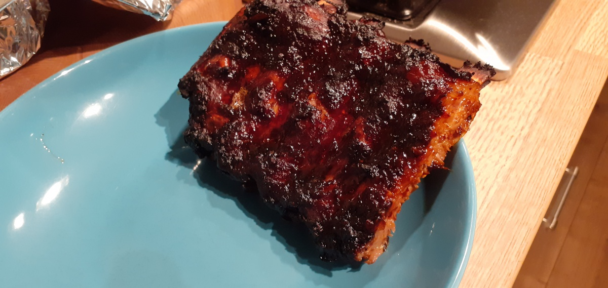 Oven baked veal spareribs